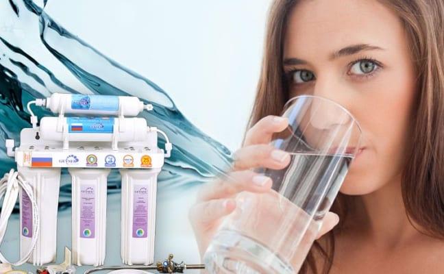 Uống nước trực tiếp từ máy lọc nước có tốt không?
