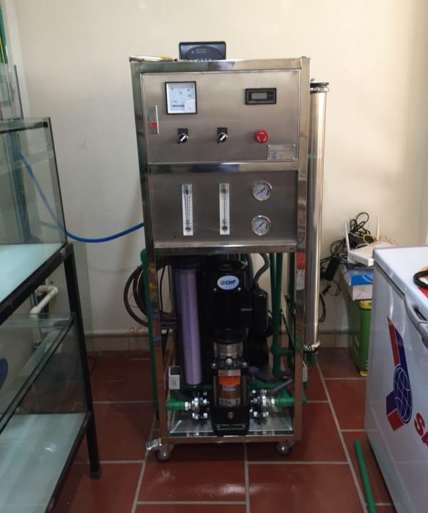 Dây chuyền tinh khiết 250l/h - Máy Lọc Nước Việt