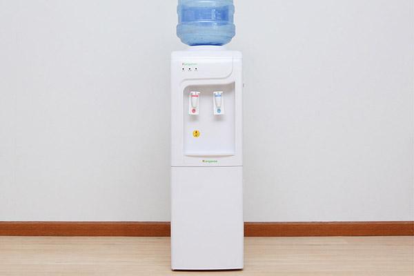 Máy nước lọc nước nóng lạnh Kangaroo KG 3331